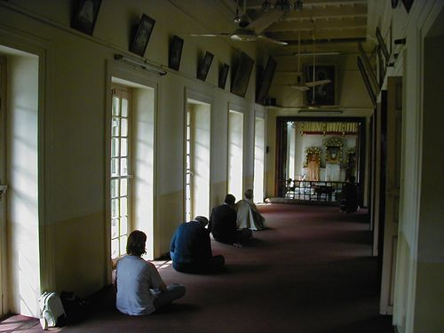 The drawing room at Balaram's house. Ramakrishna often met his devotees here and he slept in the small room at the end