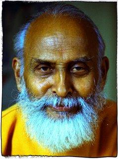 Swami Nisreyasananda 2