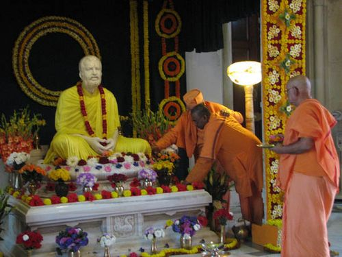Master Belur Math birthday worship 2009